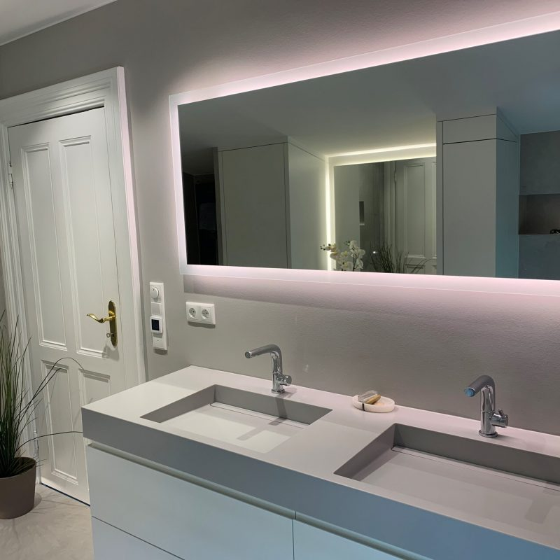 Referenz - Altersgerechtes Badezimmer mit Stil in Blankenese -03- nachher